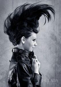 ...黑色元素,讲究极度个性与解放,与日常完全不同极端个性时尚与非...