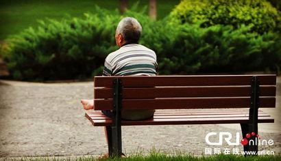 ...设想的这一切,父母都已经不?-高清组图 别让老人的背影那么孤单