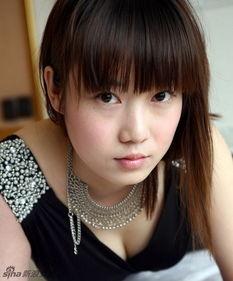 号称中国第一人体模特的张筱雨亮相南宁.她将参加3月8日南宁动物...
