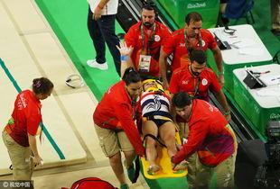 ...体操预赛当中,26岁的法国体操运动员萨米尔-艾特意外摔断腿,伤势...