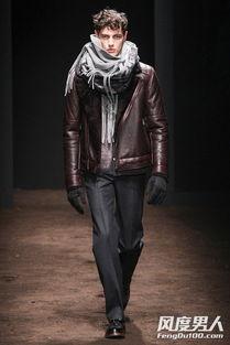 冬季围巾系法图文教程 男人围巾的各种围法 6