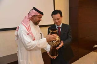 中国华信叶简明 世界500强中国公司最年轻掌门人