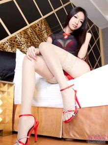 蕾丝艳妇网眼黑丝情趣诱惑
