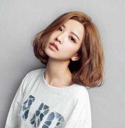 ...爽迷人的女生短碎发发型图片