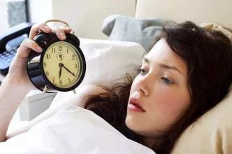 女人经常熬夜坏处多多