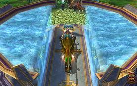 游戏可在水平面上自由旋转缩放,结合固定视角,绝不会出现让玩家头...