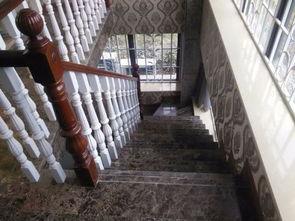 楼梯踏步防滑条12yj8图集