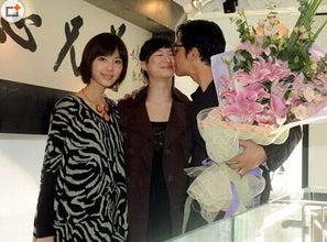 下了一个漂亮的姑娘.再婚的马景涛娶了二十多岁的吴佳妮,这和也已...