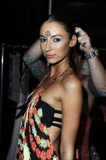 ...清图 福勒约会比基尼名模 24岁美女身材超棒