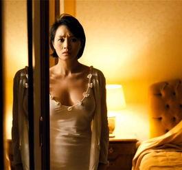 ...型魔鬼身材.在电影《老千》中的全裸出镜,获得韩国青龙电影奖最...