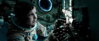 太空场景的真实重现,尽管我们可... 但片子的镜头确实做到了对于宇宙...