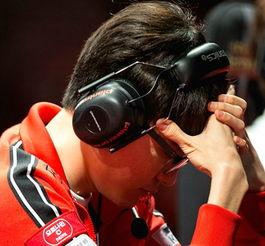 Faker:中国人针对我-MSI季中赛RNG保持连胜 SKT遭中国狙击两连败