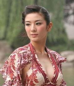 一指断情-后来,黄奕嫁给了富二代黄毅清,身材日渐臃肿.演艺路线也从清纯逐...