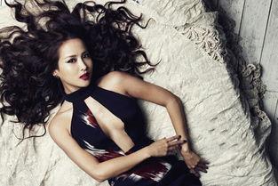 ...得第31届韩国电影青龙奖人气明星奖.而后赵茹珍立即接演了情色片...
