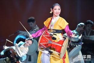 ...0日,演员演出朝鲜族民族舞剧《阿里郎花》. 当日,第五届全国少...