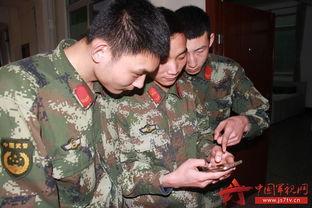 组图 武警兵哥来助力 中国军视网粉丝添新成员