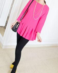 粉红色的裙子配什么颜色的打底裤好看
