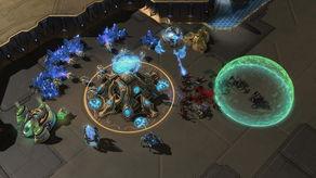 母舰核心能使用光子过载来为星灵枢纽暂时提供一个强大的防御武器-...