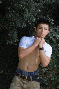 无敌帅小伙 篮球队长台湾模特李宇恩全套