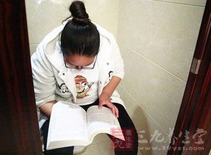 蹲厕所太久 女人长时间在厕所干这事竟患上癌
