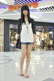 ...广东妇女 真人女人阴性部道-街拍广东妇女