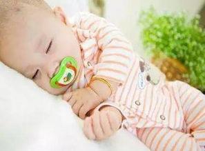宝宝腹泻吃什么好得快 夏天如何预防宝宝腹泻