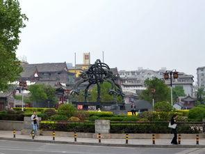 中海蓝庭周边配套 海云庵广场