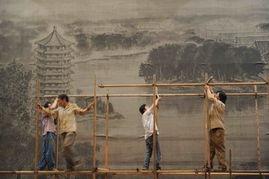 ...7月11日晚,北京大学百年讲堂连夜搭建季羡林灵堂.京华时报 范继...