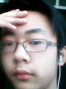 我这是什么脸型适合什么发型,戴什么眼镜框好看