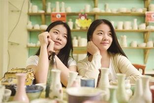 图文 双胞胎妹妹成学姐 迎接自己的亲姐姐
