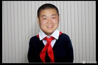 酒店服务员出身的岳云鹏成名后不忘本, 请以前服务员同事吃饭