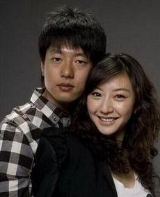 动再操逼-凌潇肃和姚晨同为北京电影学院 99级的同班同学,两人一毕业就领了...