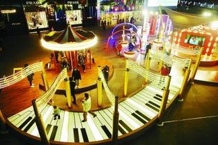 音乐之声 主题艺术灯组亮相新街口