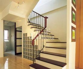 楼梯间设计装修图片
