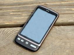 图为 HTC 渴望 A8180-上网娱乐全OK 热门安卓2.2智能手机推荐