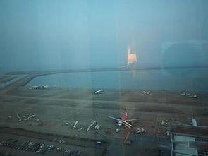 到澳门机场的方法  到珠海过关  ◆选择一  搭巴士到珠海横琴关口,横...