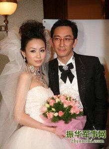 轻20岁的长春姑娘石洋子.   2006年,在《舞林大会》节目上,吴启华...