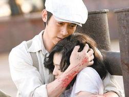 自同名红色题材电影的《蓝色档案》也正在武汉二套热播,这股