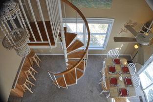 浪漫有个性的楼梯设计效果图