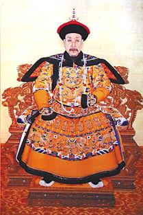 帝国群芳传-1757年后,清朝只允许外国人在广州一地进行贸易,图为当时的贸易场...