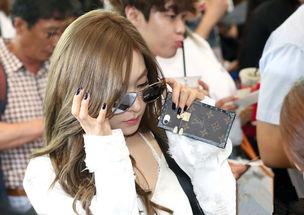 ... 19日下午,少女时代现身首尔金浦国际机场,前往济州岛参加活动....