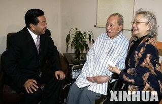 9月11日至15日,贾庆林在中共中央政治局委员、