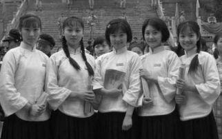 抗战时期,一土匪劫持42名女生,后来一些女生说啥也不离开土匪