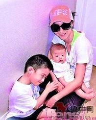 ymm米希儿微博-...柏芝与两个宝贝儿子-张柏芝施瓦辛格黄磊信 明星们的漂亮宝贝儿