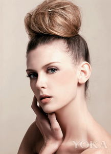 吹头发动态-每次吹发都担心头发掉光 发量稀疏必须懂的事