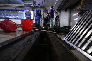 北京西站南出口排水口已抢修完成