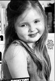英国5岁女孩患怪病 3岁起再没有吃过一顿饭