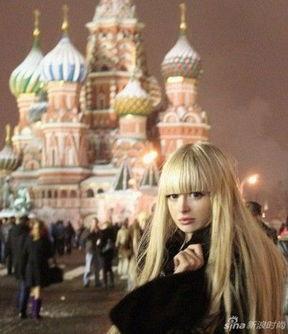 ,给人一种芭比穿越到现实生活的错觉.这位来自莫斯科、25岁的...