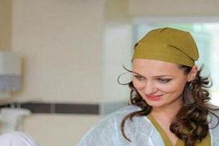 ...南280斤孕妇生产 生活几乎不能自理 16名医务人员接生