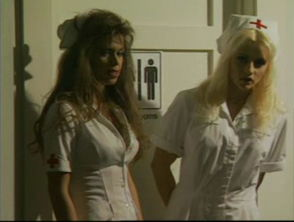 哪位帅哥知道黄头发的护士是谁 或是片子叫什么名字,太感谢了